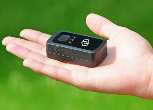 SpyTrack Nano in Hand